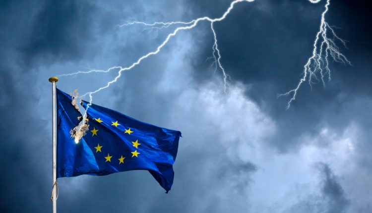 Half UK Voters Believe EU Will Collapse if France Elects a Right Wing Government