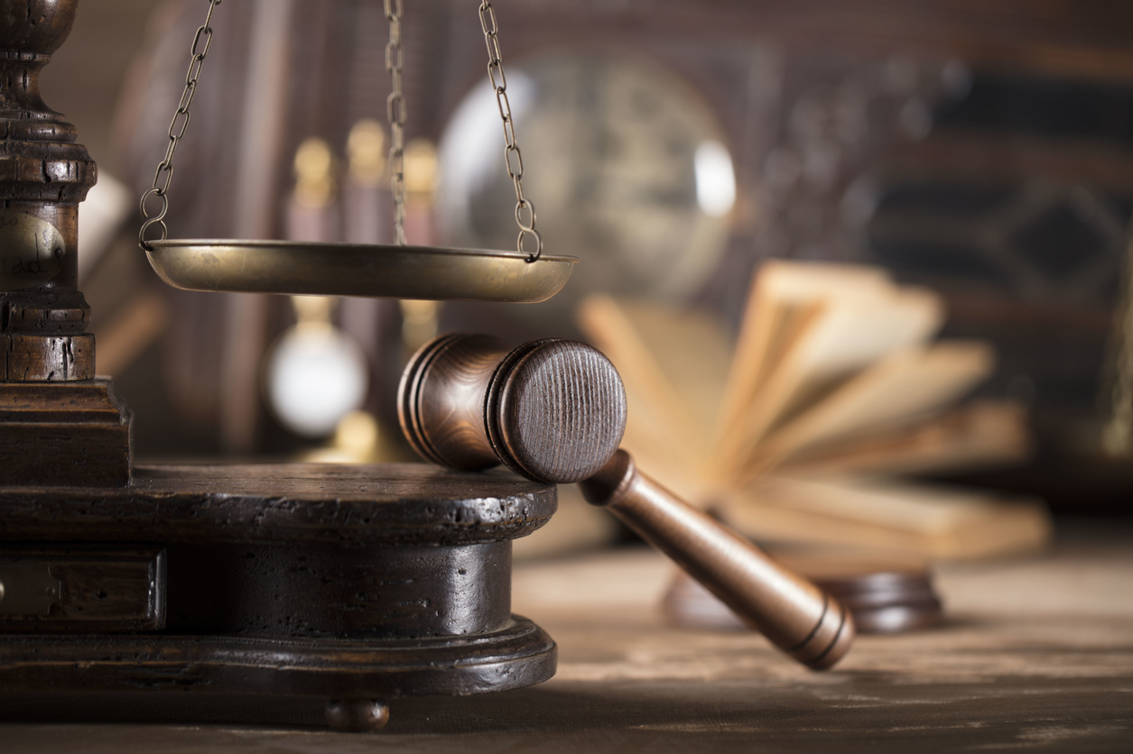Barrister, Expert Witness & Solicitor Explained