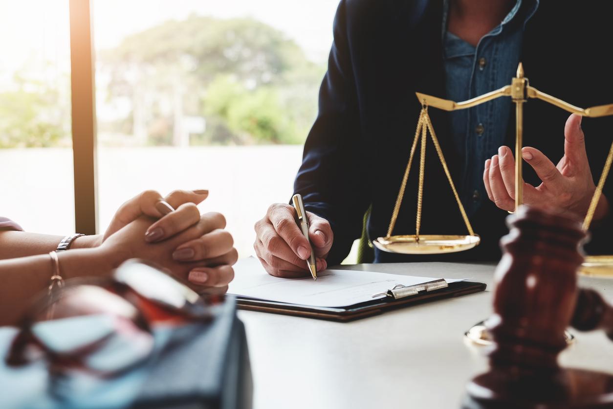 Hasil gambar untuk Legal Counsel